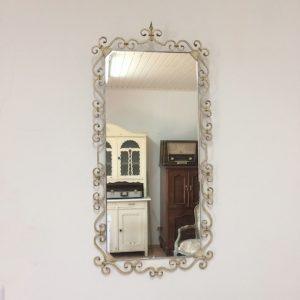 Spiegel Vintage Stil aus Metall